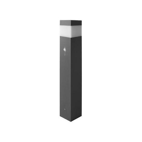 Venkovní senzorová lampa se zásuvkou E14/60W IP44
